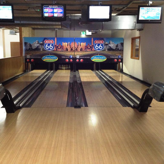 2018-07/mini-bowling-alley-installation-4